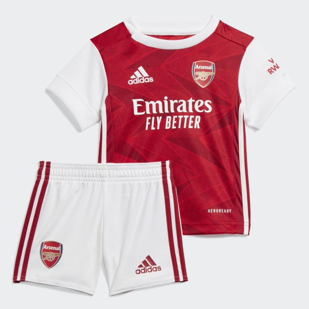 Купить Комплект: футболка и шорты Арсенал adidas Performance по Нижнему Новгороду