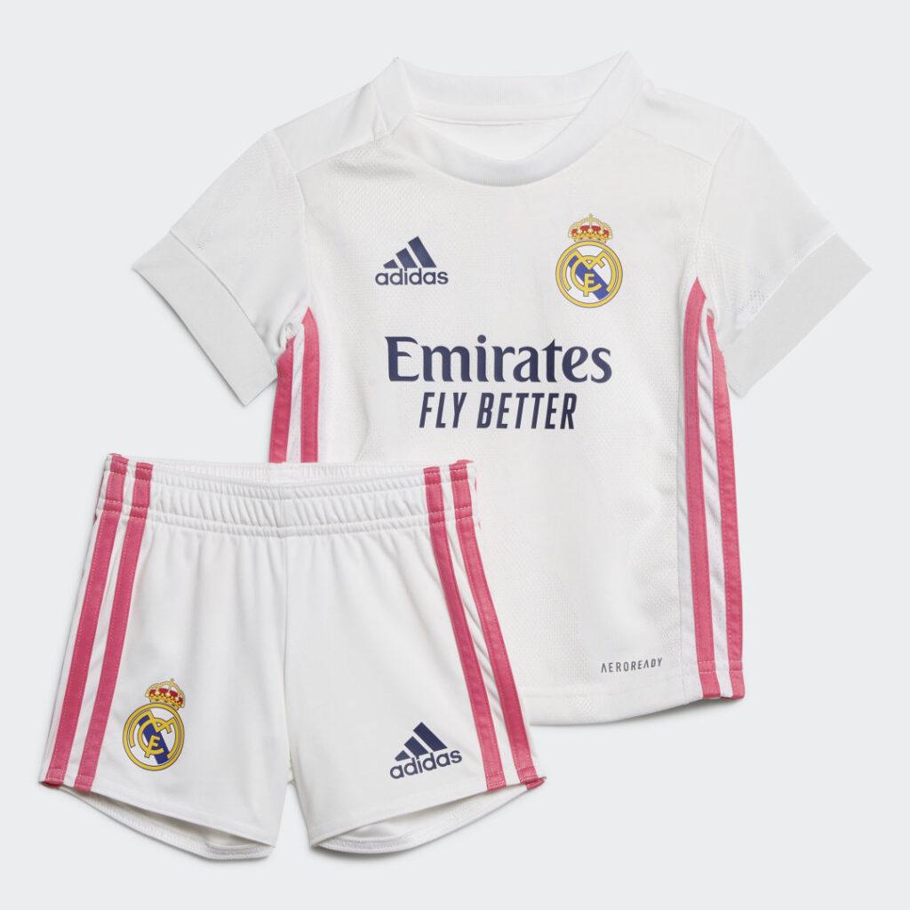 Купить Комплект: футболка и шорты Реал Мадрид 20/21 adidas Performance по Нижнему Новгороду