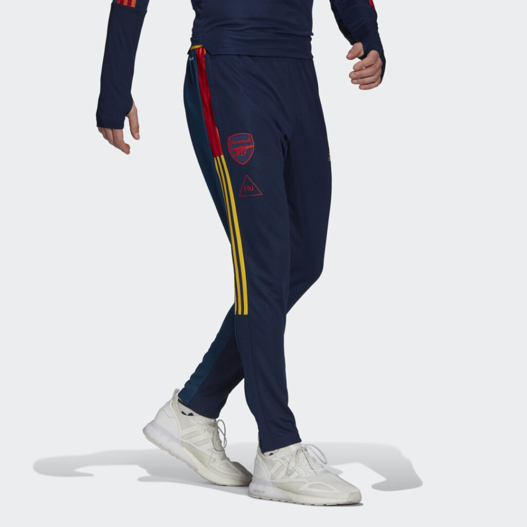 Купить Тренировочные брюки Арсенал Human Race adidas Performance по Нижнему Новгороду